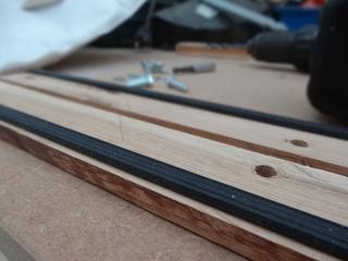 Genbrug støvsugerposen til din Nilfisk ALTO Multi 20 støvsuger - Monter glaslistebåndet