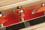DIY lav selv de høje paneler eller køkkenlågerne