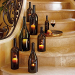 Genbrug den flotte vinflaske til f.eks. lysestage