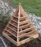 Byg et flot jordbær tårn i træ