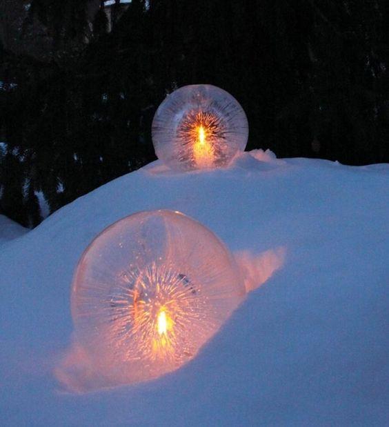 Lav en is ballon, og pynt op til jul - udenfor :-)